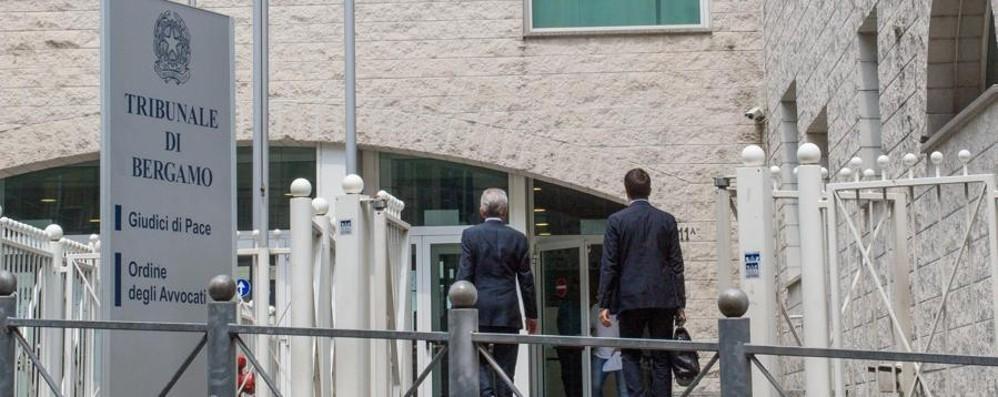 Posto di lavoro in cambio di denaro Arrestato 37enne di Almenno
