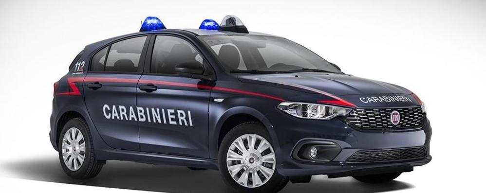 Flotta di 500 Fiat Tipo in dotazione ai Carabinieri