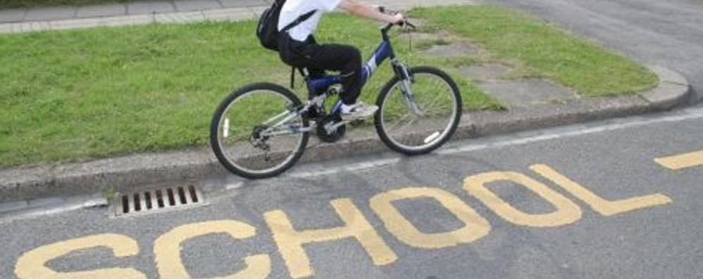 Nembro, a scuola in bici?  «Andare si può ma tornarci no»