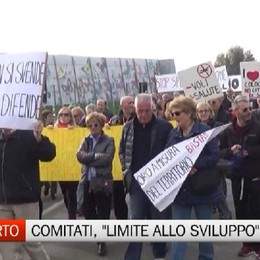 Aeroporto, nuova protesta dei cittadini