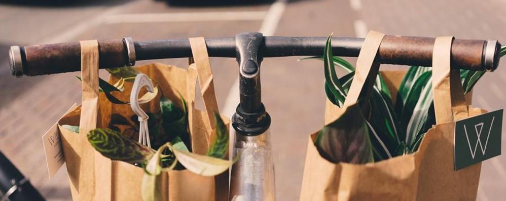 A Bergamo arrivano le bici di Deliveroo Dai ristoranti, piatti direttamente a casa