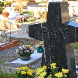 Cimiteri, entra in vigore l'orario invernale Aperture straordinarie per il 2 novembre