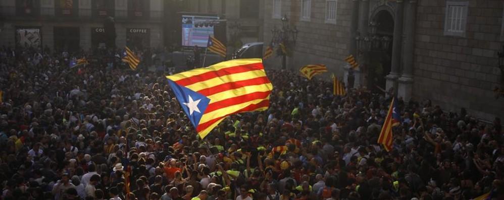 Catalogna, la politica  finisce in farsa