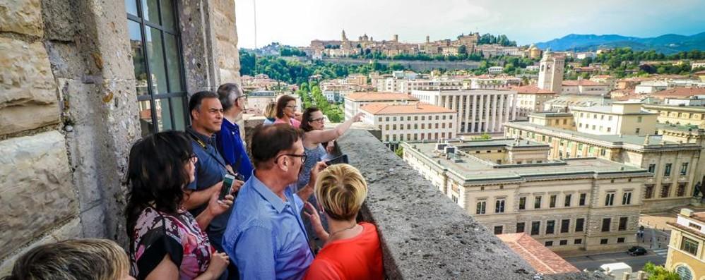 Dalla Rocca alla Torre dei Caduti Aperture speciali per il 1° novembre