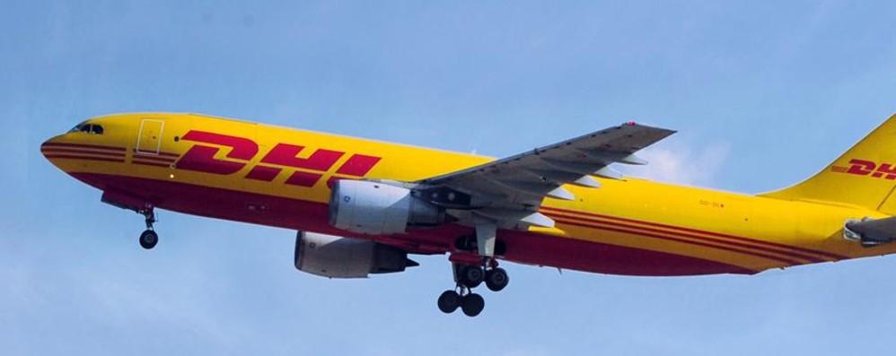 Stop ai voli notturni con Dhl a Malpensa?  Allerta Cgil: «Dà lavoro a 800 persone»