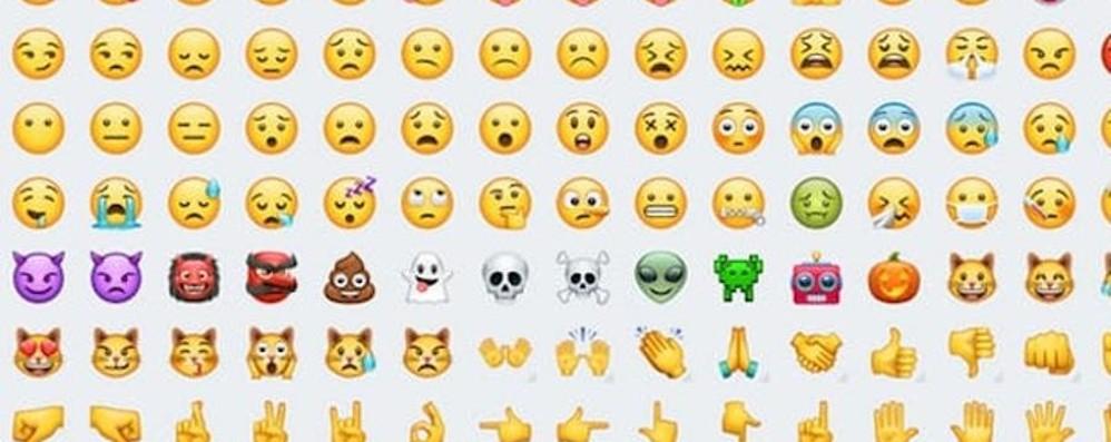 WhatsApp sta cambiando le sue emoji Presto disponibili per tutti gli utenti