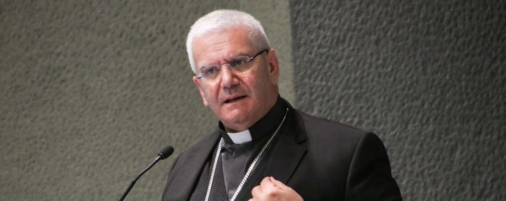 «Molte fedi», incontro con il vescovo Beschi