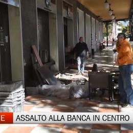 Esplosioni a Dalmine. Assalto al bancomat in pieno centro.