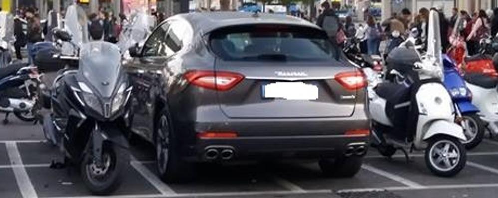 Maserati tutto il giorno in divieto  - Foto Comune: «Sanzionata alle 8 del mattino»