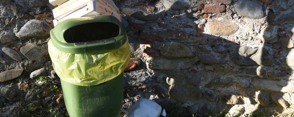 Torre Boldone, già stangati 4 furbetti  Multe da 516 euro per i rifiuti