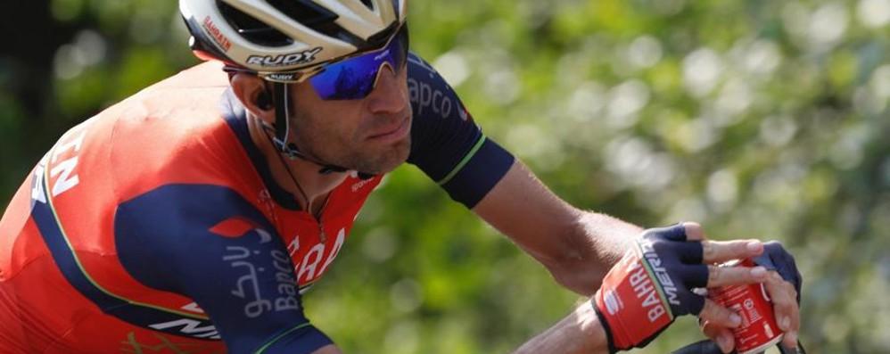 Vincenzo Nibali vince il Giro di Lombardia Lo squalo stacca tutti e si gode il trionfo