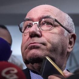 Italia, si dimettono solo le dimissioni