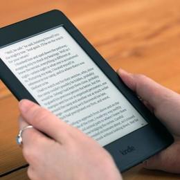 Buon compleanno Kindle, 10 anni! (Ma il libro ha sempre il suo perché)