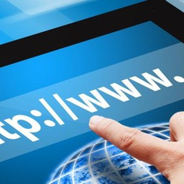Il web non è gratis  e può rubarci la vita