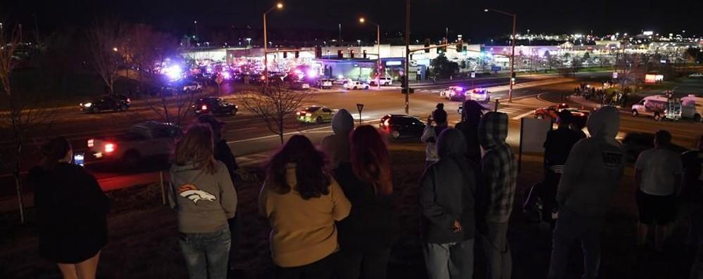 Sparatoria in un supermercato a Denver Tre morti, ancora terrore negli Stati Uniti