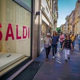 Dopo il Black Friday, i saldi In Lombardia  dal 5 gennaio