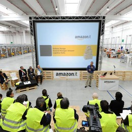Amazon, sciopero  durante il Black Friday Lombardia: in 4000 incrociano le braccia