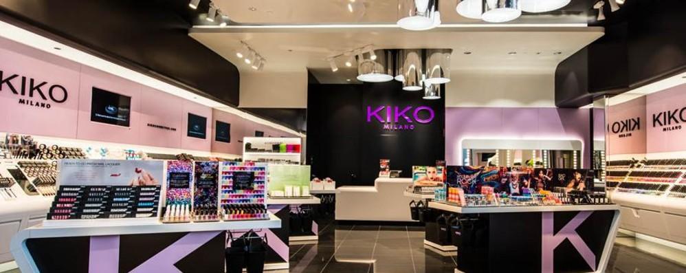 Apre il Kiko più grande del mondo Ressa a Milano per l'inaugurazione
