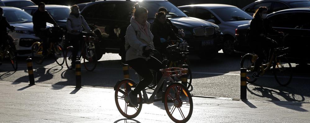 Bergamo, bike sharing a flusso libero Arriva la rivoluzione «cinese» su due ruote