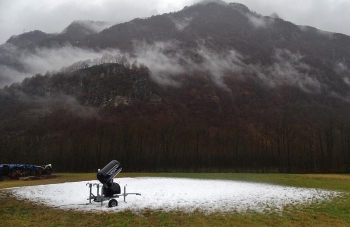 La neve ha imbiancato le piste di Lizzola solo nella parte alta Temperature troppo elevate e cannoni fermi alla pista di fondo di Valbondione