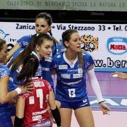 Alla Foppapedretti non riesce il bis Pesaro vince con un secco 3-0