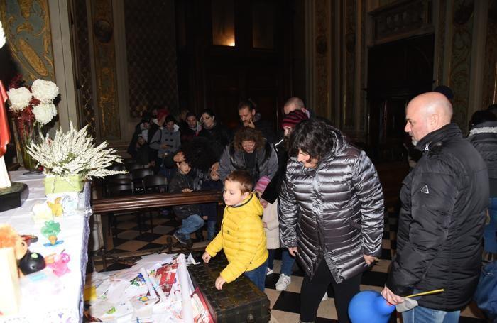 Tutti da Santa Lucia a Bergamo Prime (lunghissime) code in via XX ...