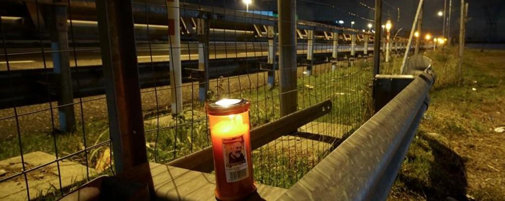 Ragazzo di 21 anni morto travolto in A4 Il titolare del locale: «Ho sentito un boato»