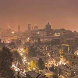 Meteo, attesi fiocchi anche in pianura A Bergamo 120 mezzi per il piano neve