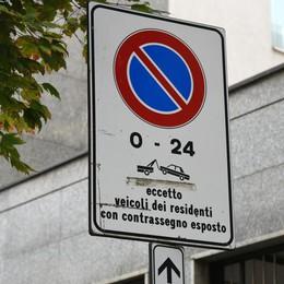 Città Alta, 120 euro di pass per la sosta Colpo di spugna sui permessi «speciali»