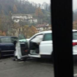 Incidente alla galleria Montenegrone Tre feriti, lunghe code in Val Seriana