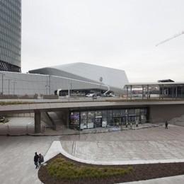 Milano fa shopping a CityLife  Il centro commerciale in città