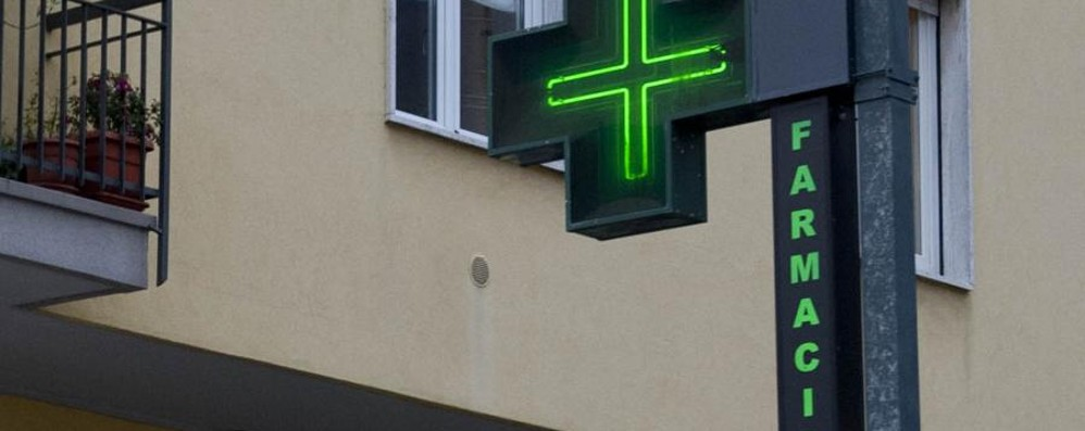 Rapina farmacia con un coltello Arrestato 45enne a Treviglio