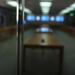 Tutti pazzi per l'iPhone X a Oriocenter