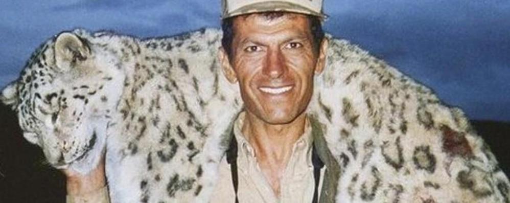 Cacciatore uccide leopardo delle nevi Polemica e petizione degli animalisti