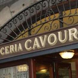Lo storico caffè Cavour cambia Il bar si rinnova e arrivano le camere