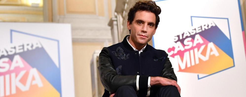 Mika porta Donizetti e l'elisir  in tv «Ho imparato l'italiano sentendo l'opera»