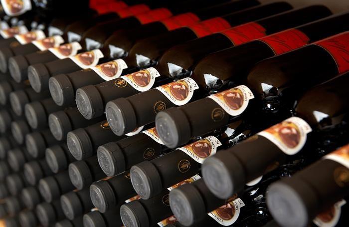 Bottiglie di Moscato di Scanzo in affinamento