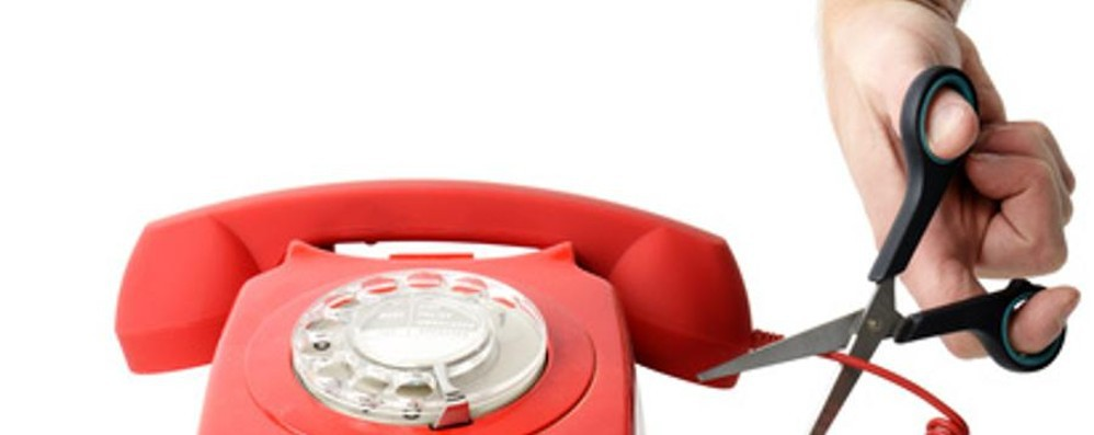 Bolletta del telefono non pagata? Attenzione a non finire nella black list