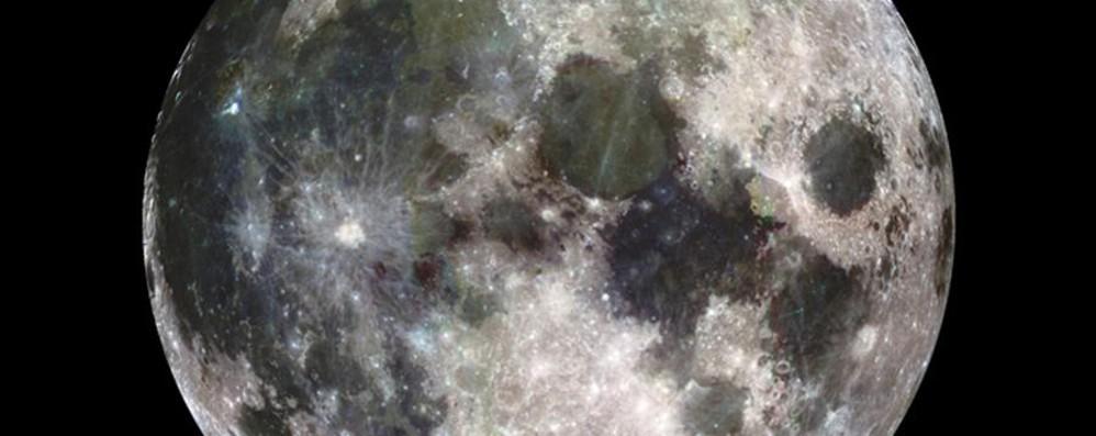 Domenica occhi aperti: c'è la «superluna» Sarà la più grande e luminosa dell'anno