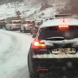 Neve sulle strade, code al rientro A4, Valle Seriana e Statale 42 -Foto