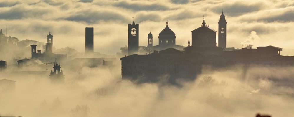 Bel tempo, ma attenzione alla nebbia Il weekend sarà variabile, temperature giù