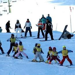 Lezioni gratis per aspiranti campioni Al Pora e in Presolana festa sugli sci