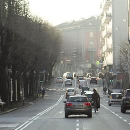 Via Mai e Paleocapa, spazio alle bici Cura dimagrante per le corsie delle auto
