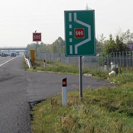 «Sosta» impellente in A4 Tamponato mentre riparte