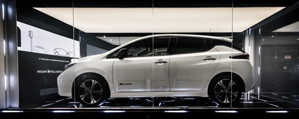 Elettrica Nissan Leaf riceve ed eroga energia