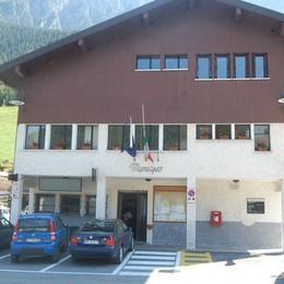 Burocrazia contro il grande cuore alpino Odissea per donare un'auto a Colere