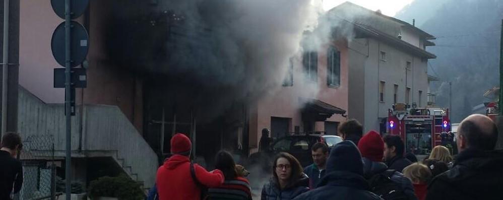 Gazzaniga, brucia autofficina Ustionato un uomo di 57 anni