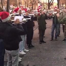 Gli auguri di Natale a L'Eco dei bersaglieri della «Scattini»