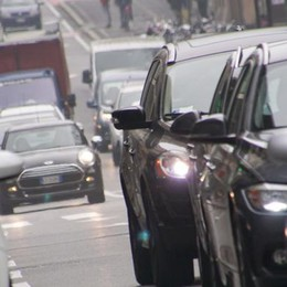Polveri sottili oltre i limiti in città e provincia Piove ma scattano i blocchi per le auto