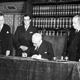 Buon compleanno Costituzione Settant'anni fa la storica firma